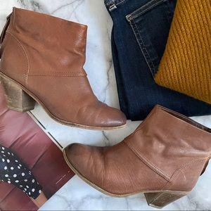 Sam Edelman brown leather Larkin boots size 8